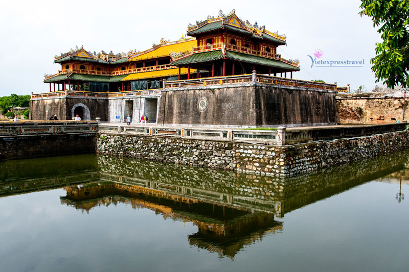 ONE DAY TOUR IN HUE CITY