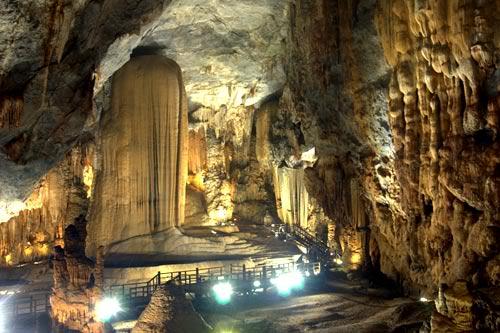 Paradise Cave 1 Day tour