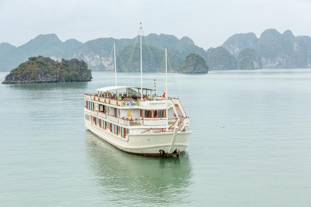HALONG CALYPSO CRUISE ( 3 DAYS – 2 NIGHTS )