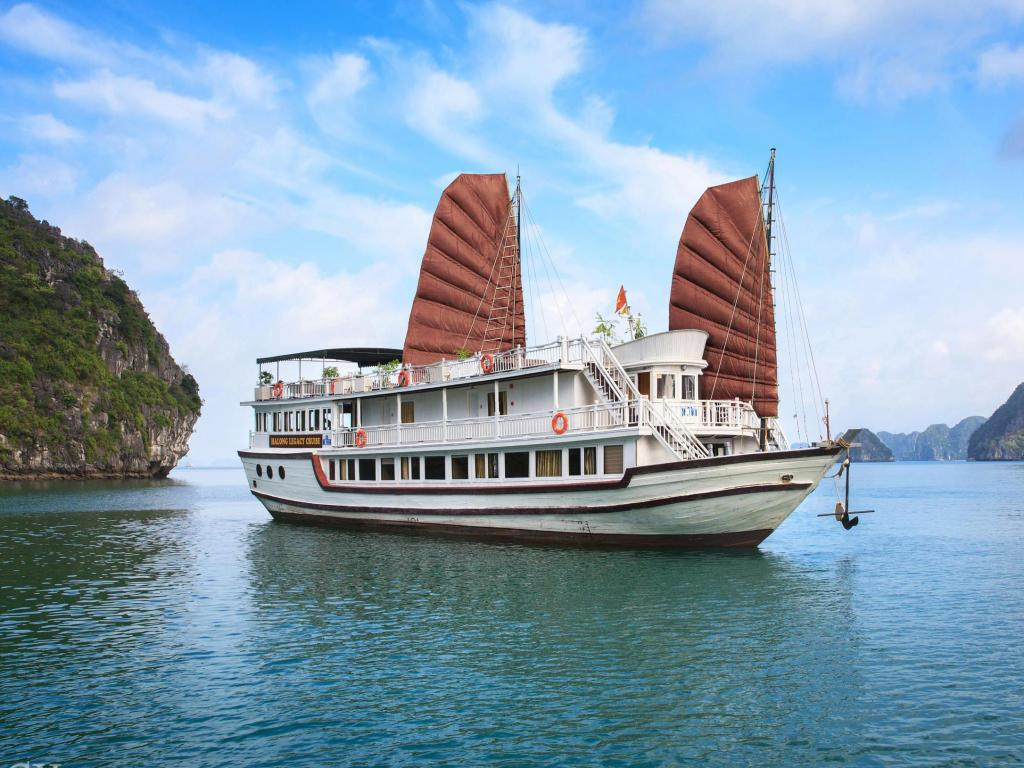 HALONG LEGEND BOUTIQUE CRUISE ( 2 DAYS – 1 NIGHT )