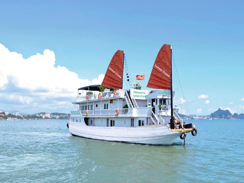 Lemon Cruise Ha Long Bay 2 days 1 nights