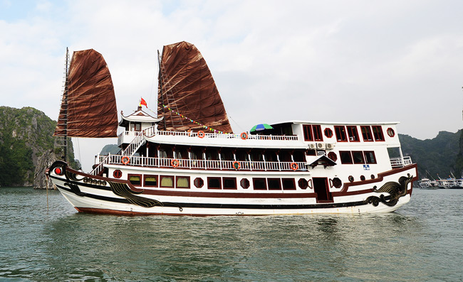 Ha long Bay 3 days 2 nights Royal Palace Cruse