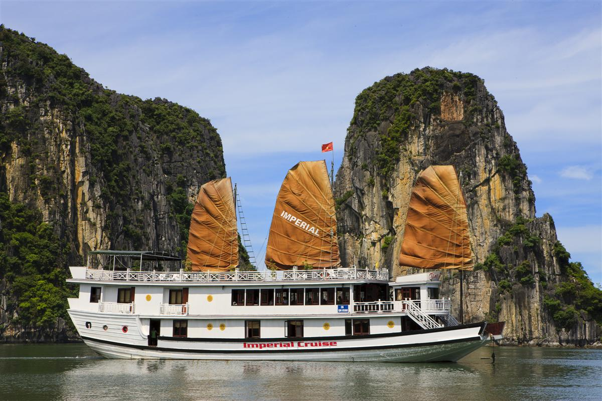 Halong Imperial Legend Cruise (2D-1N)